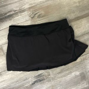 LULU LEMON RUFFLED SKORT
